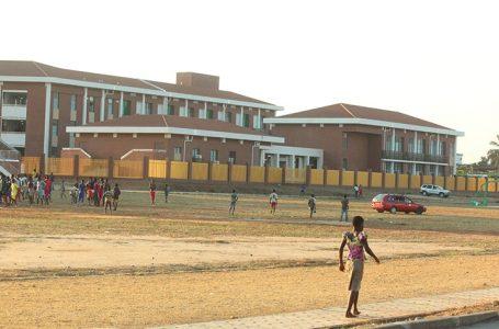 Togo: l'Etat innove et crée des lycées scientifiques de Lomé et de Kara